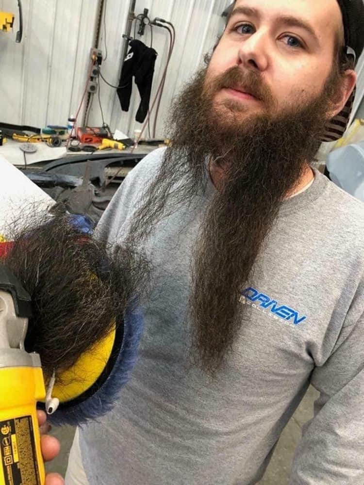 spinning-machine-caught-long-beard-people-failed-to-pay-attention