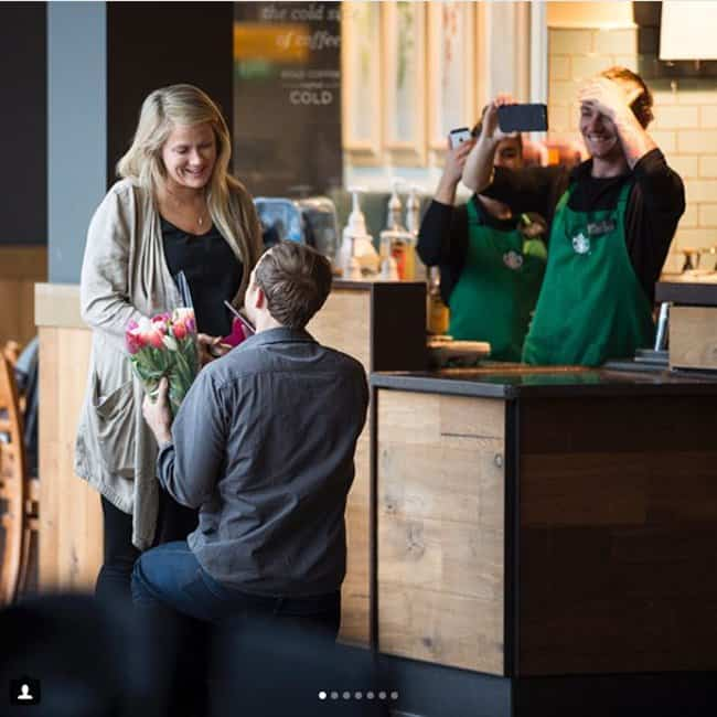 starbucks-proposal-creative-marriage-proposals