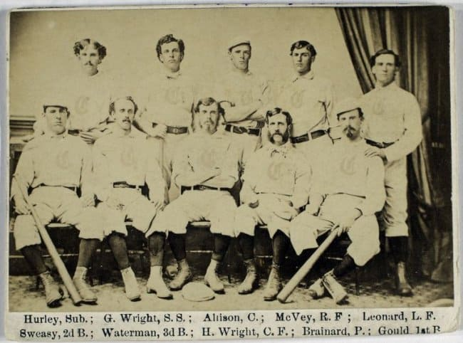 vintage-baseball-card-found-in-an-odd-lot-lucky-discoveries