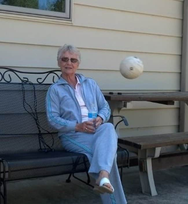 volleyball-about-to-hit-grandma-photos-captured-before-disaster-struck