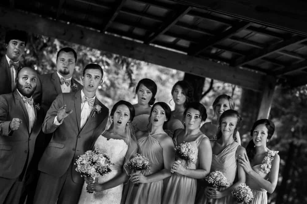 wedding-photographer-tripping-down-most-powerful-photos