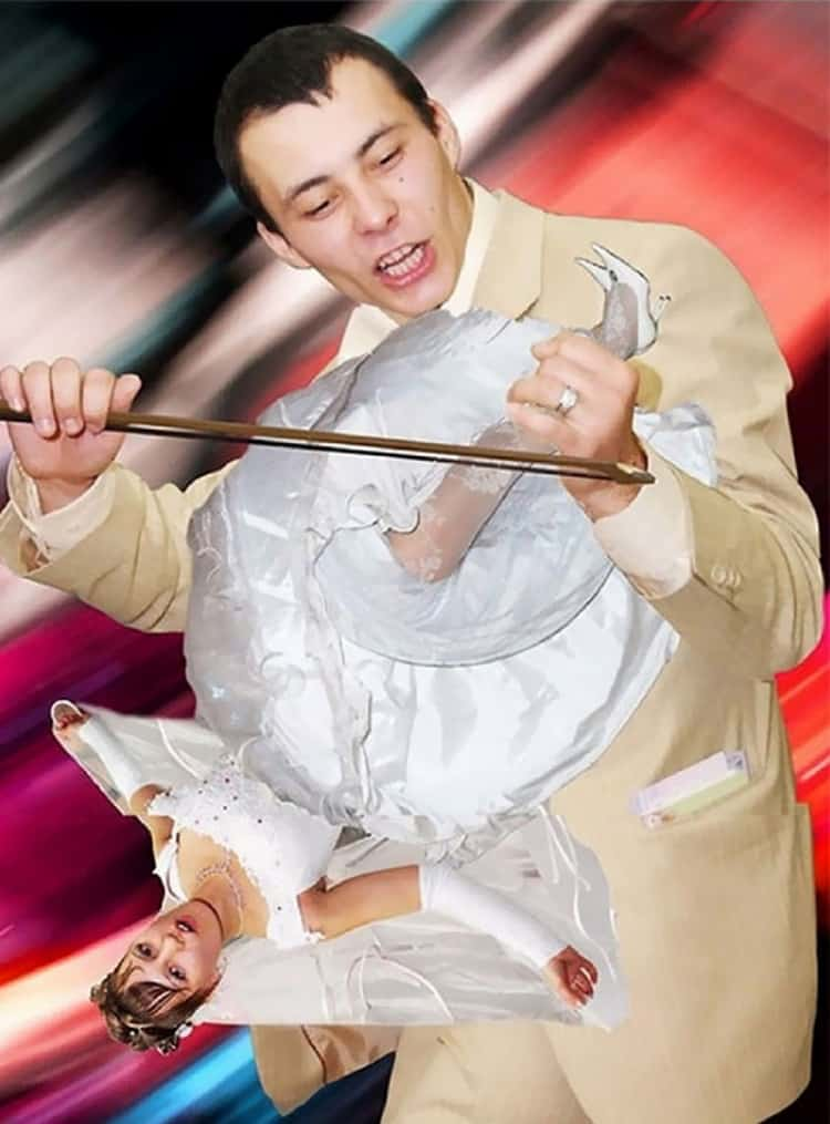bride-violin-funny-russian-wedding-photos
