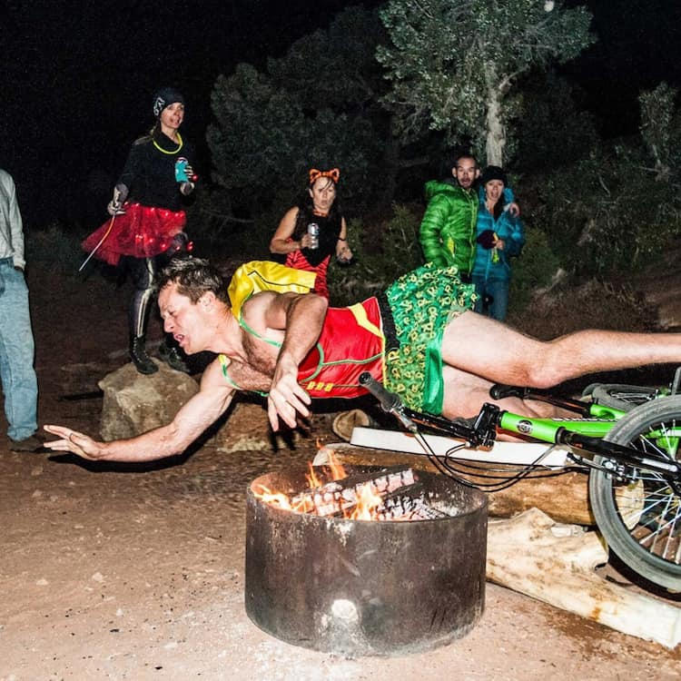 falling-into-fire-pit-hilariously-bad-situations