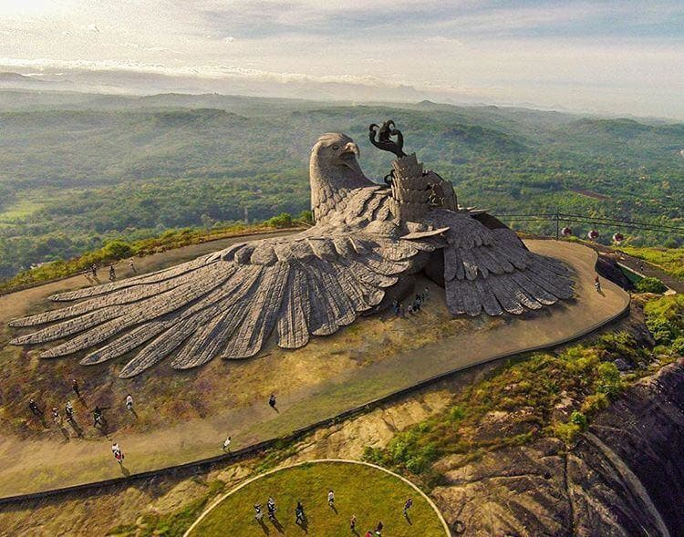 giant-bird-sculpture-coolest-things