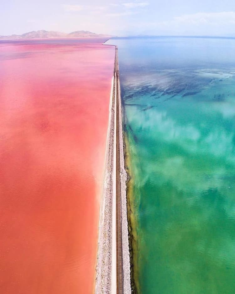 great-salt-lake-separated-by-causeway-astonishing-photos