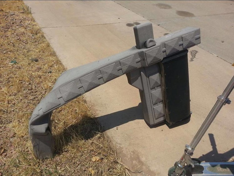 heat-melting-mailbox-strange-things