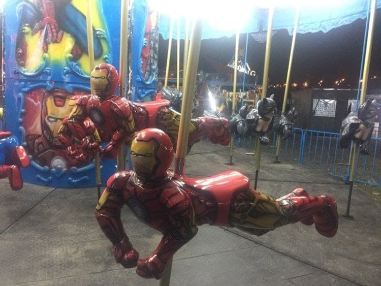 ironman-carousel-hilariously-weird-things