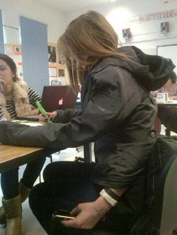 other-hand-texting-hidden-photographic-evidence