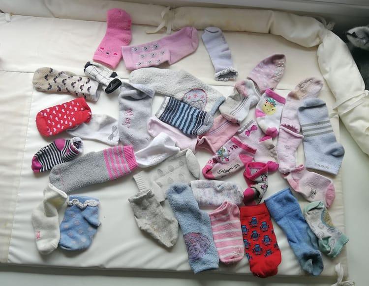 pairing-up-many-socks-annoying-pics
