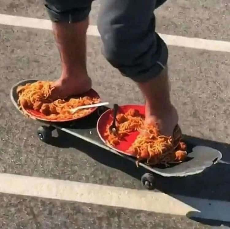 spaghetti-on-skateboard-weird-things