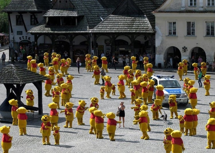winnie-the-pooh-customes-everywhere-weird-things