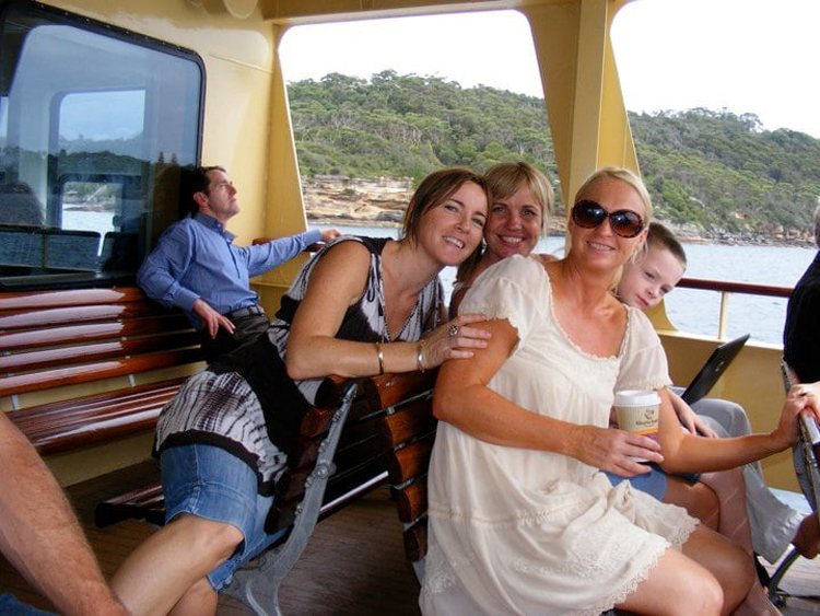 guy-riding-girl-back-hilariously-unsettling-photos
