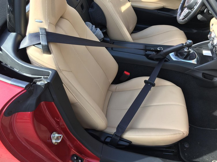 seat-belt-got-tangled-parking-brake-cool-photos