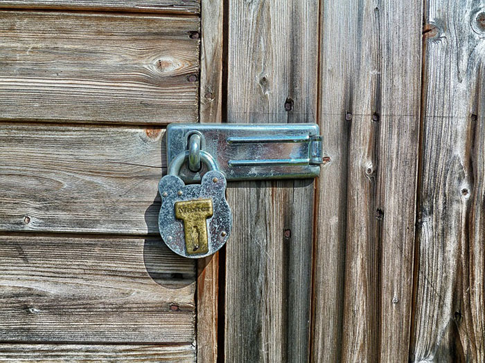 garden-shed locked