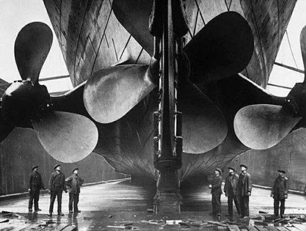 titanics-propellers-and-rudder