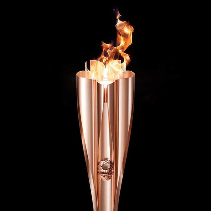 tokyo-olympic-torch