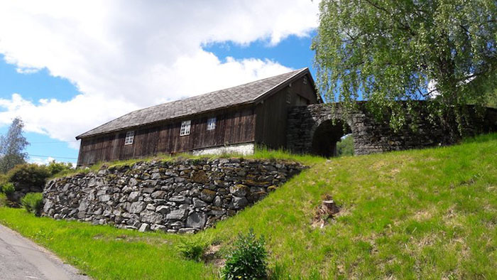 barn-valldal-norway