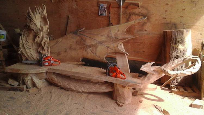 chainsaw art dragon bench