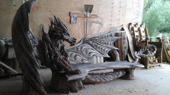 chainsaw sculpture dragon chair