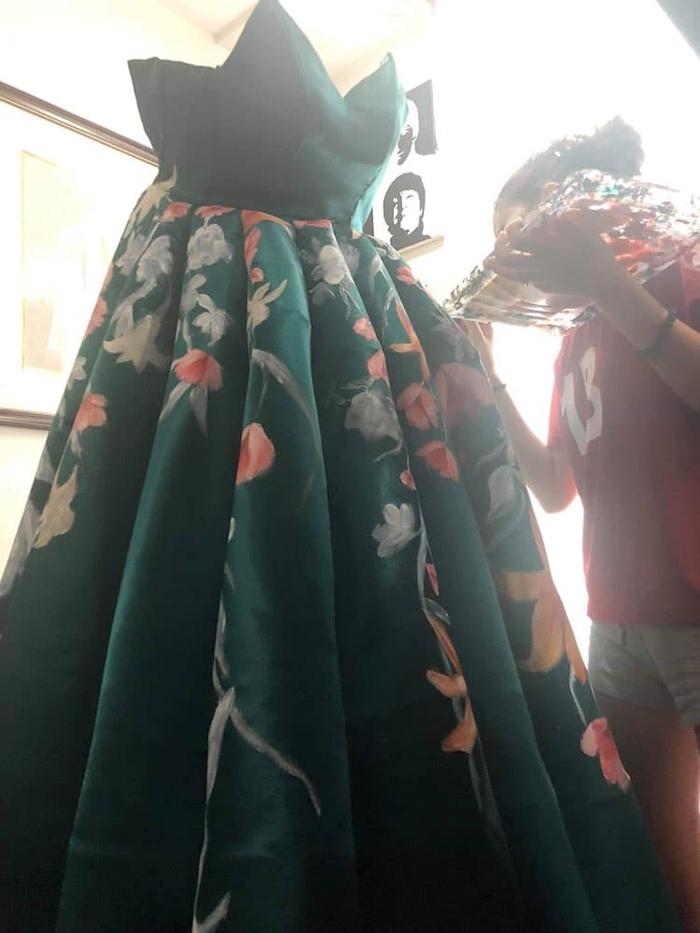 ciara gan painting graduation dress