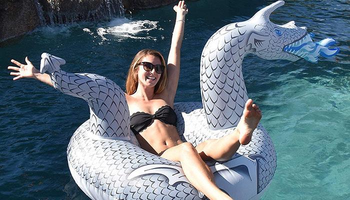 dragon pool float