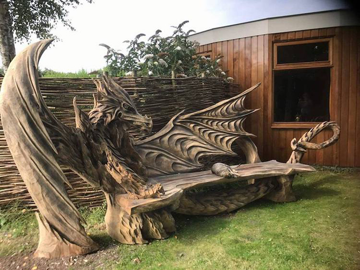 igor loskutow fantastical dragon bench