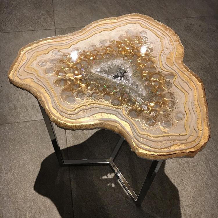 mrs colorberry mesmerizing resin tables