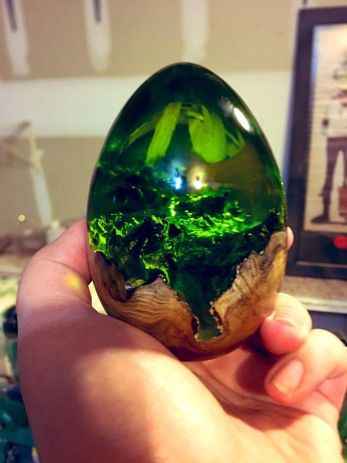 resin egg