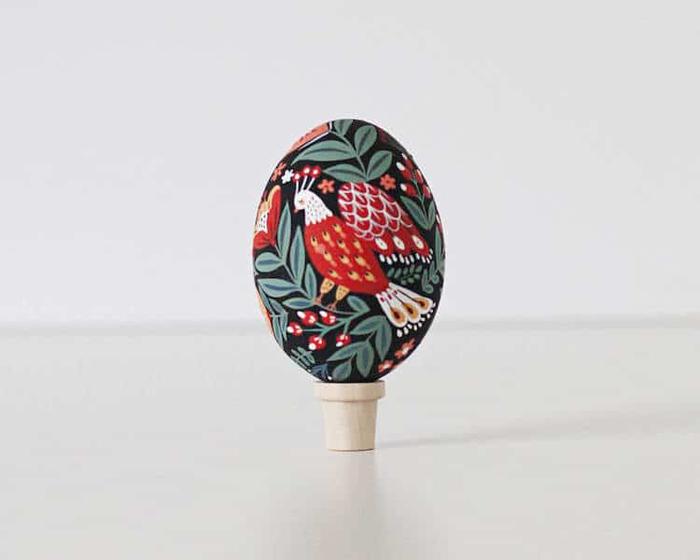 uzbek folk inspired easter egg