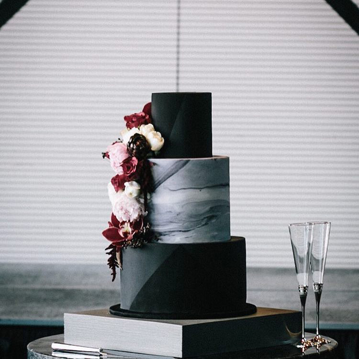 black wedding cake alice broadway