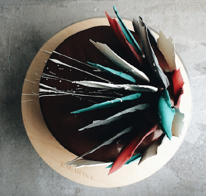 brushstroke cakes chocolate splatters