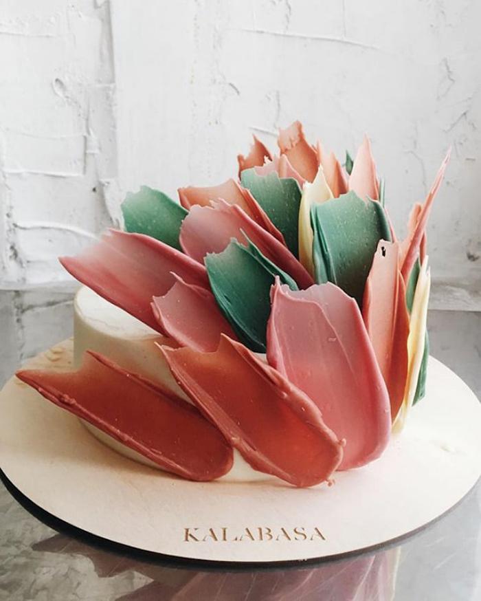 brushstroke cakes kalabasa russian bakery