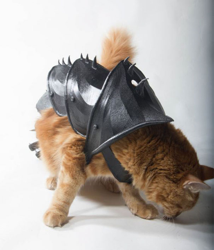 cat 3d printed armor spikes