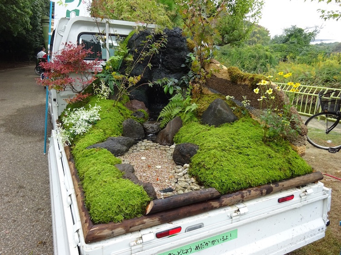 kei truck garden contest dry landscaping