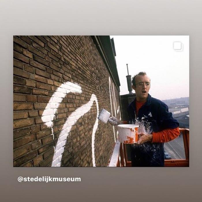 keith haring monumental mural amsterdam patricia steur