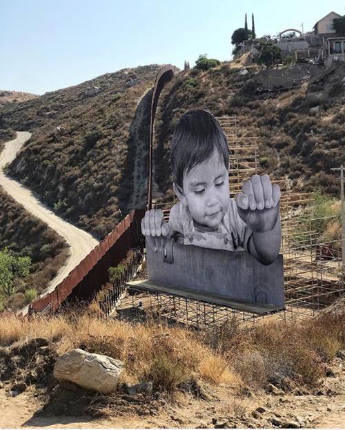 kikito mexico border art installation mexican side