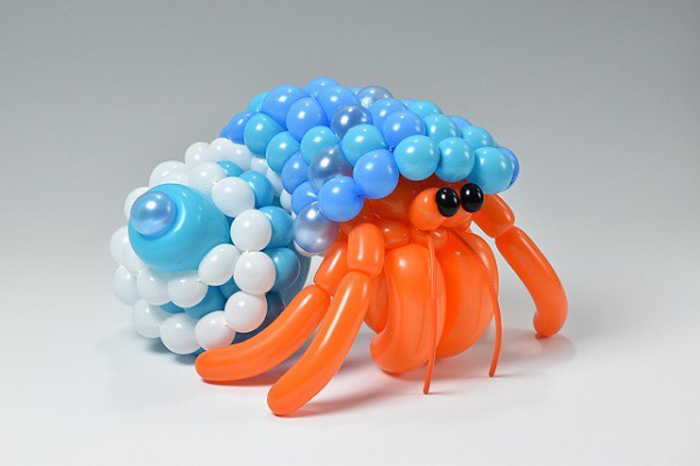 matsumoto colorful twisted balloon sculptures hermit crab