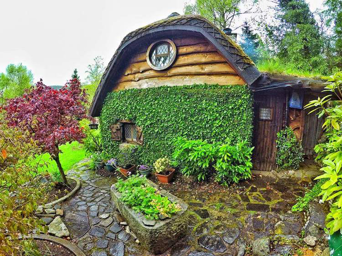 real-life hobbit house backyard