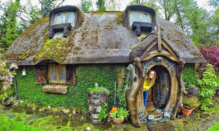 real-life hobbit house scotland