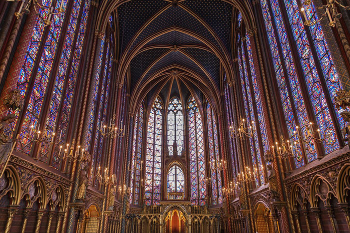 sainte-chapelle-glass