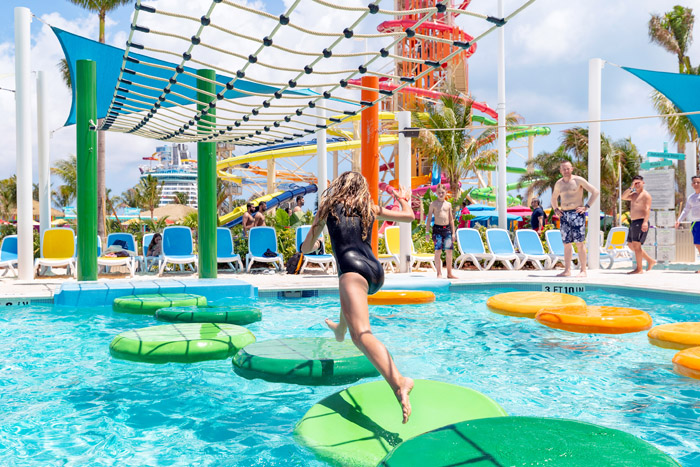 thirll waterpark adventure pool