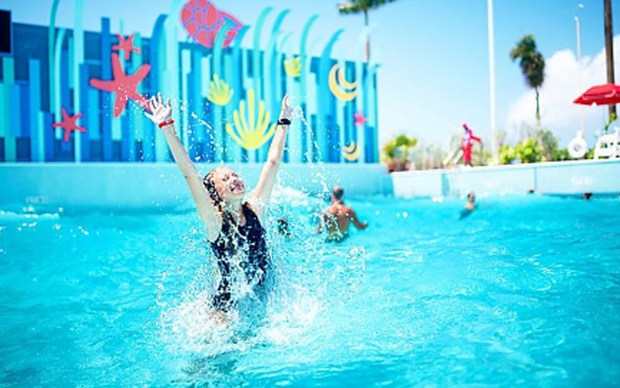 thrill waterpark wave pool