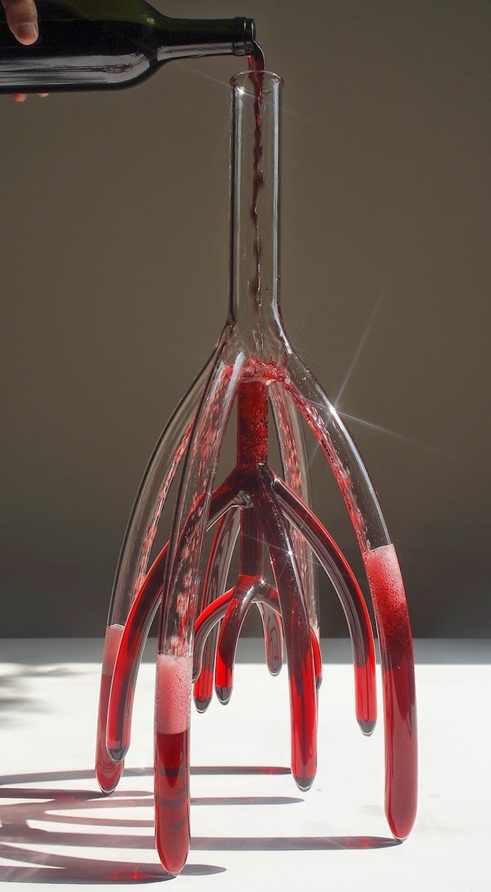 vein-like strange decanters