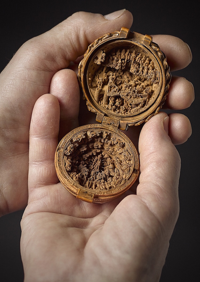 16th century gothic boxwood miniatures