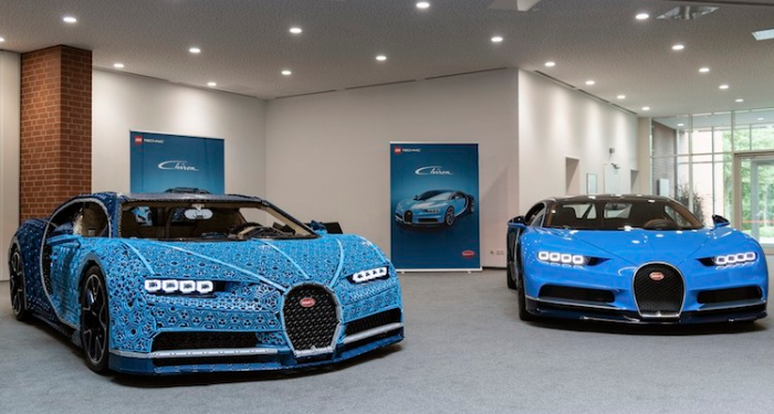 Bugatti Chiron LEGO sports car vs real Chiron