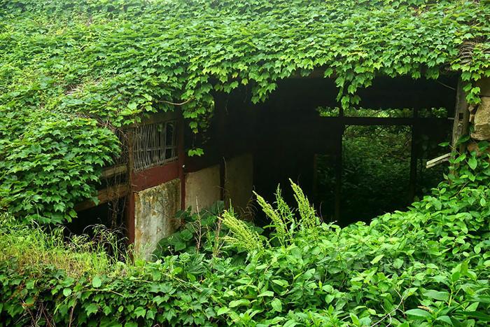 abandoned fishing village creepy