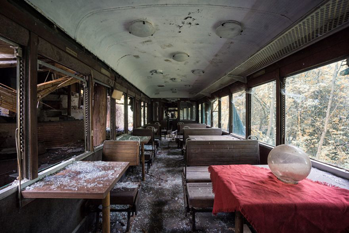abandoned places train carriage