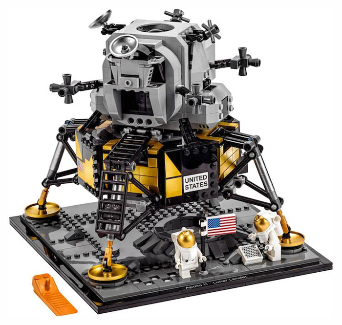 apollo 11 lunar lander lego set limited edition