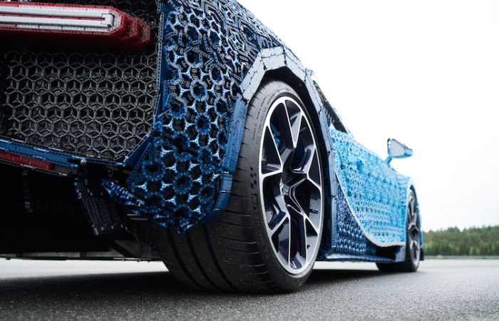 back wheels view of Bugatti Chiron LEGO car