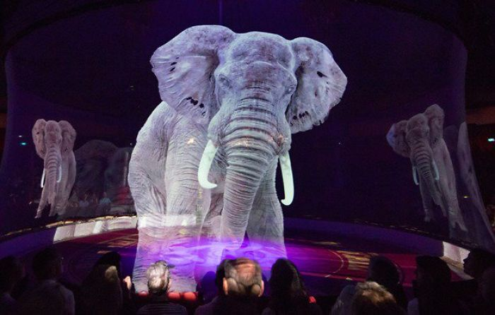 circus roncalli animal holograms